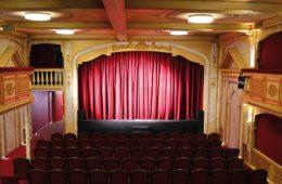 Théâtre 100 Noms : 100 façons de se divertir...